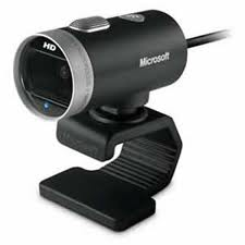 Microsoft Lifecam Cinema Records true HD-Quality Video up to 30 fps. Retail Pack